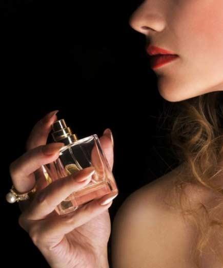 پرفروشترین عطرهای زنانه